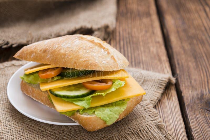 Sandwich fait frais à cheddar photo libre de droits