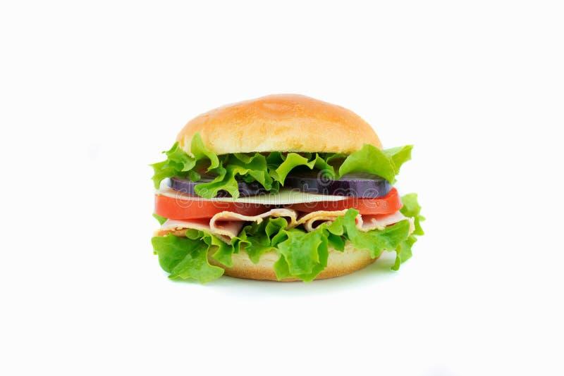 Sandwich frais avec les légumes et le jambon image libre de droits