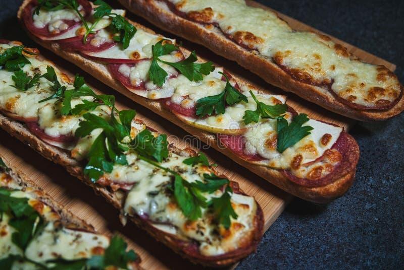 Sandwich grillé photographie stock