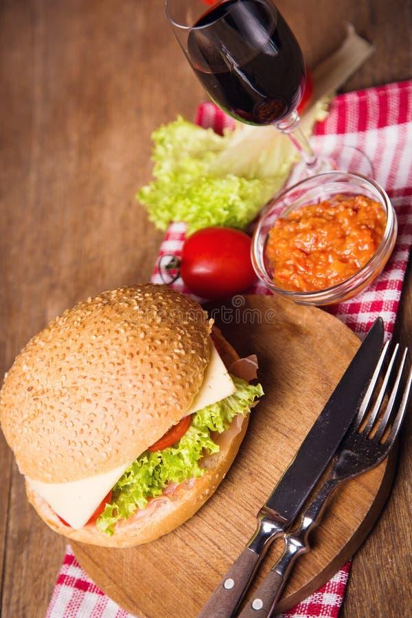 Sandwich met ham royalty-vrije stock afbeeldingen
