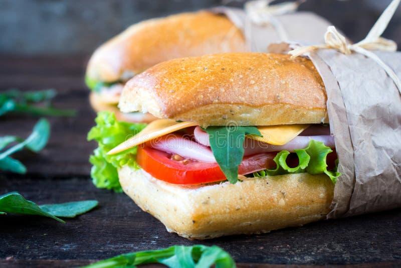 Sandwich met ham en kaas royalty-vrije stock afbeelding