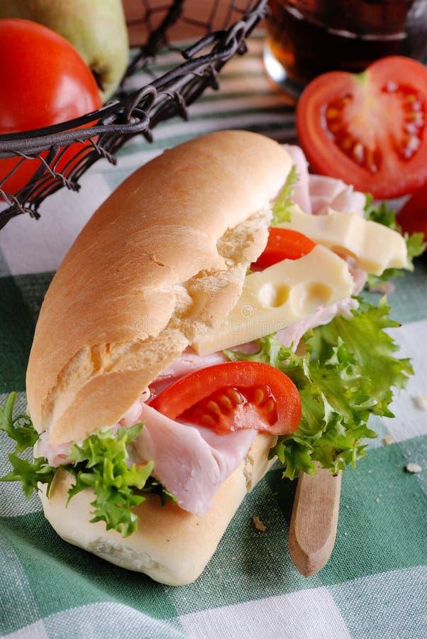 Sandwich mit Schinken und Käse stockfoto