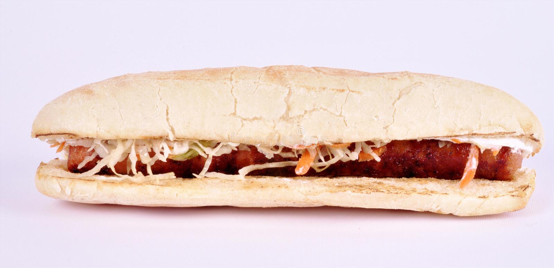 Sandwich mit Wurst auf einem weißen Hintergrund lizenzfreie stockfotografie