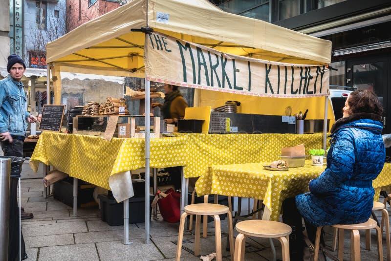Sandwich-verkoper in het district Temple Bar in Dublin royalty-vrije stock afbeelding