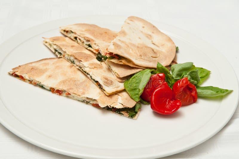 Sandwichs à salade de tortilla image stock
