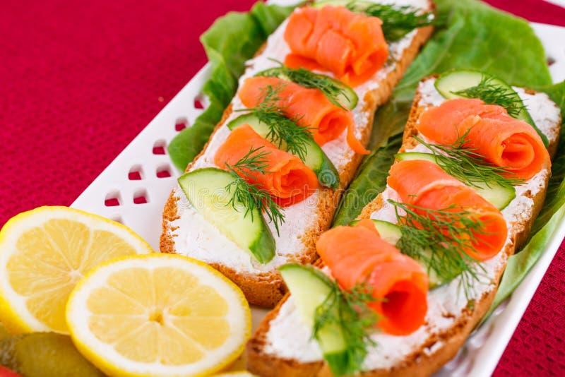 Sandwichs saumonés photographie stock