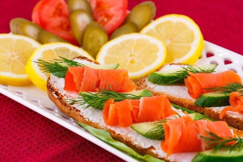 Sandwichs saumonés photos stock