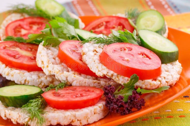 Sandwichs soufflés à biscuits de riz photos libres de droits