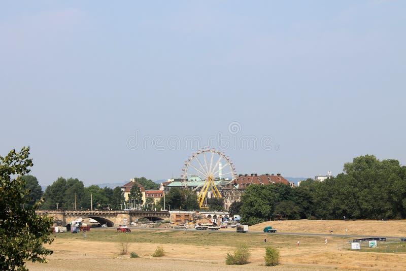 Sandy Bank de la rivière Elbe à Dresde Allemagne image stock