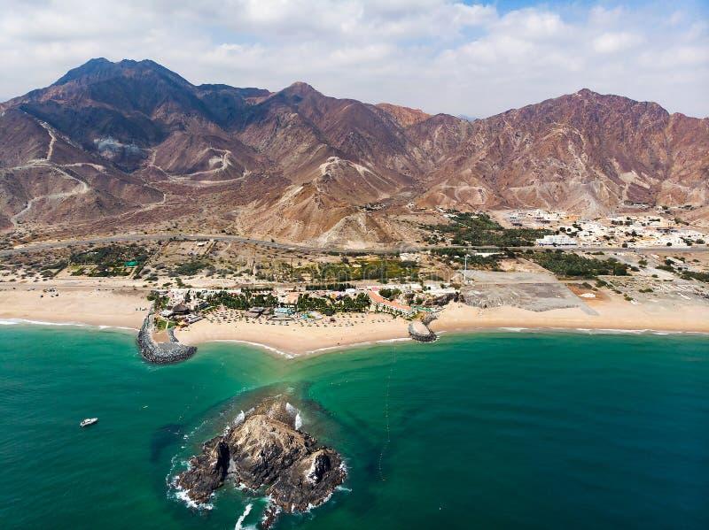 Sandy Beach de Fujairah em Emiratos Árabes Unidos foto de stock royalty free