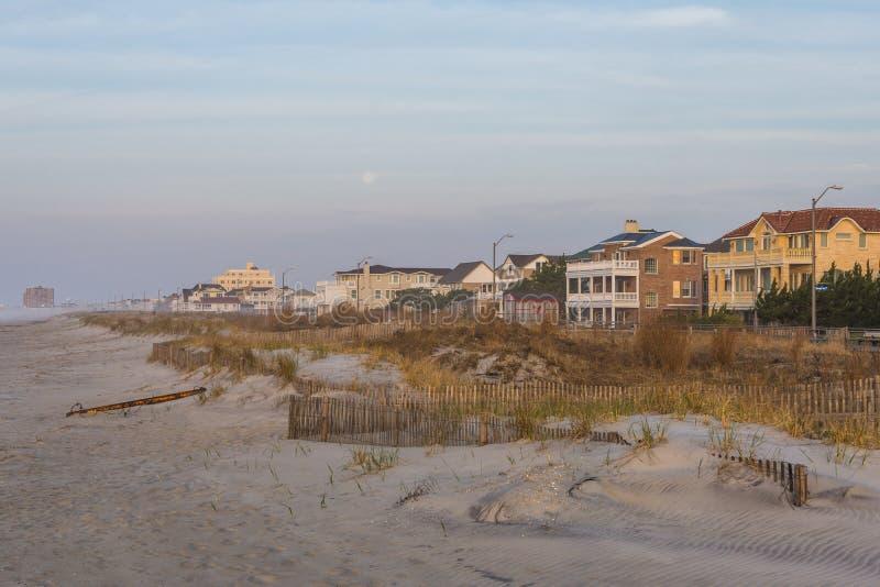 Sandy Beach na praia da cidade do ventnor em Atlantic City, New-jersey a imagens de stock royalty free