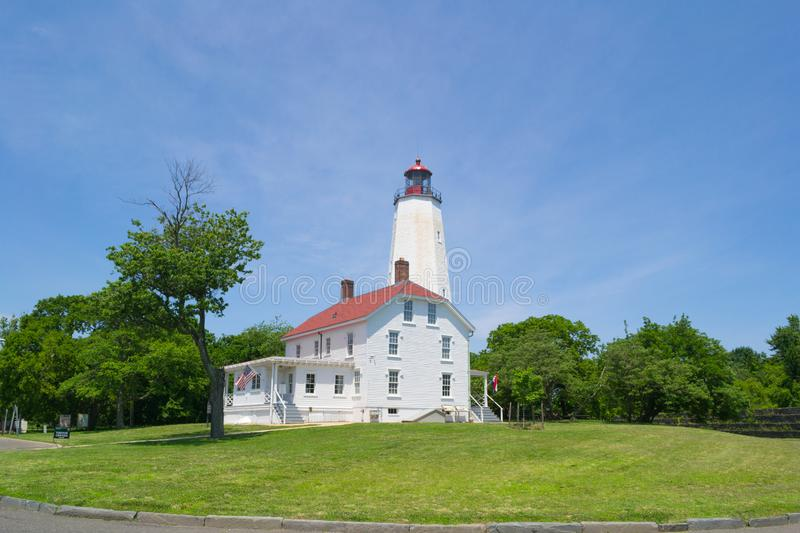 Sandy Hook Lighthouse et tour chez Jersey Shore NJ, ETATS-UNIS images stock