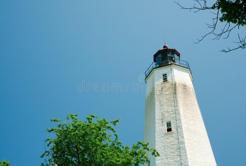 Sandy Hook Lighthouse New Jersey på klar solig dag royaltyfria bilder