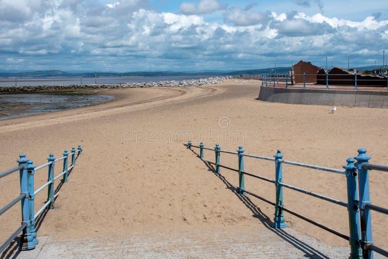 Sandy path to Morecombe Beach fotografia stock libera da diritti