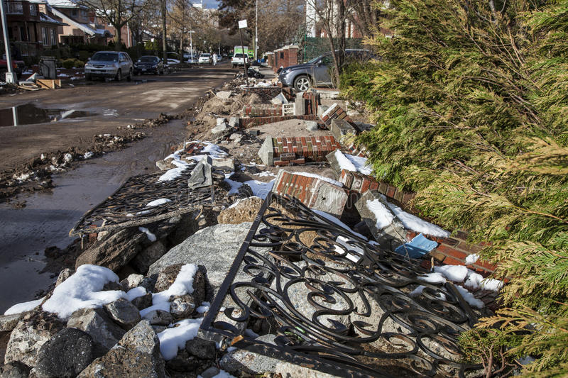 Download Sandy's Aftermath editorial stock photo. Image of weather - 27628108