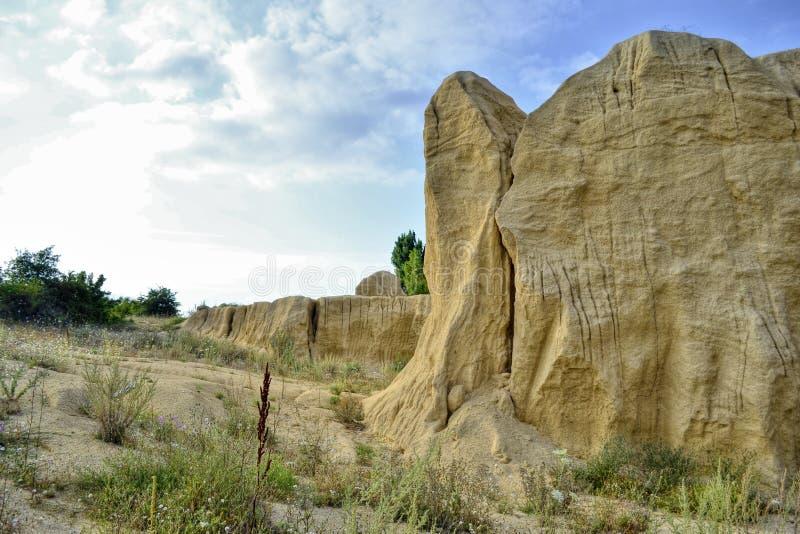Sandy-Steinbruch, die Sanddünen, hergestellt vom Mann, aber sie wurden von Natur aus und Wind umgewandelt stockbilder