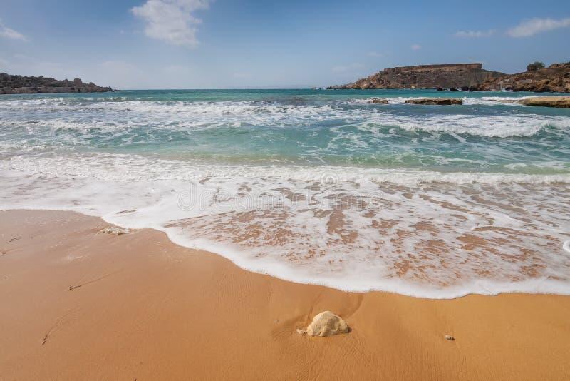 Sandy-Strand auf der Malta-Insel stockfotos