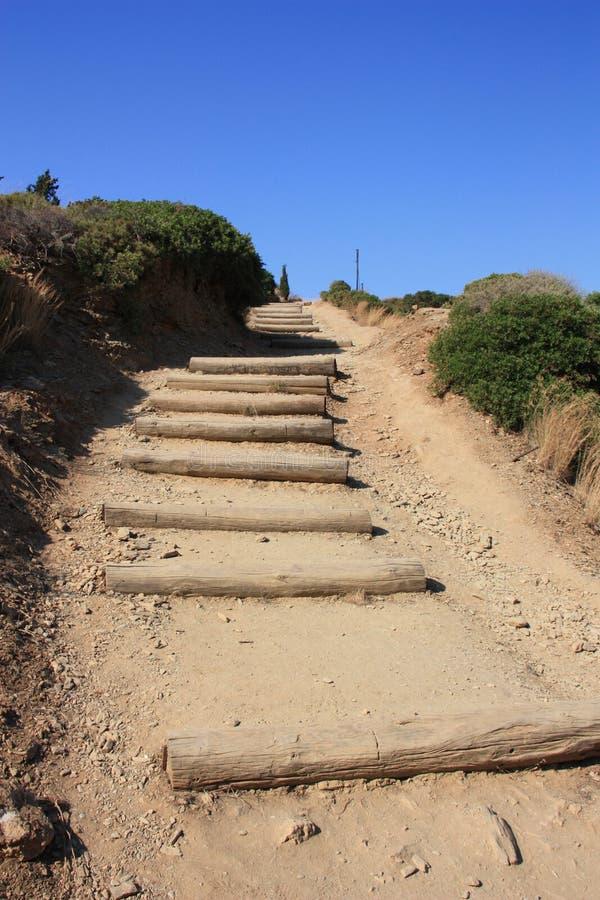 Sandy-Treppe, die aufwärts führt lizenzfreie stockbilder
