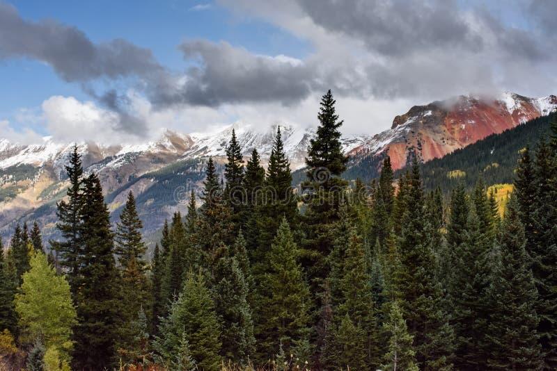 Sanen Juan Mountains i Colorado fotografering för bildbyråer