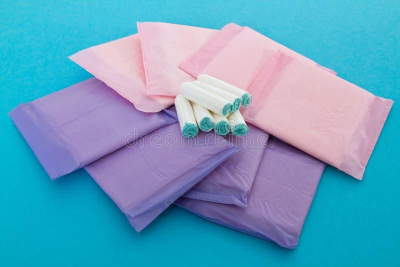 sanitära tamponger för servetter royaltyfri fotografi