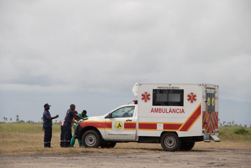 Sanit?tswagen bereit, nach Cyclon Idai in Mosambik zu unterst?tzen lizenzfreies stockfoto