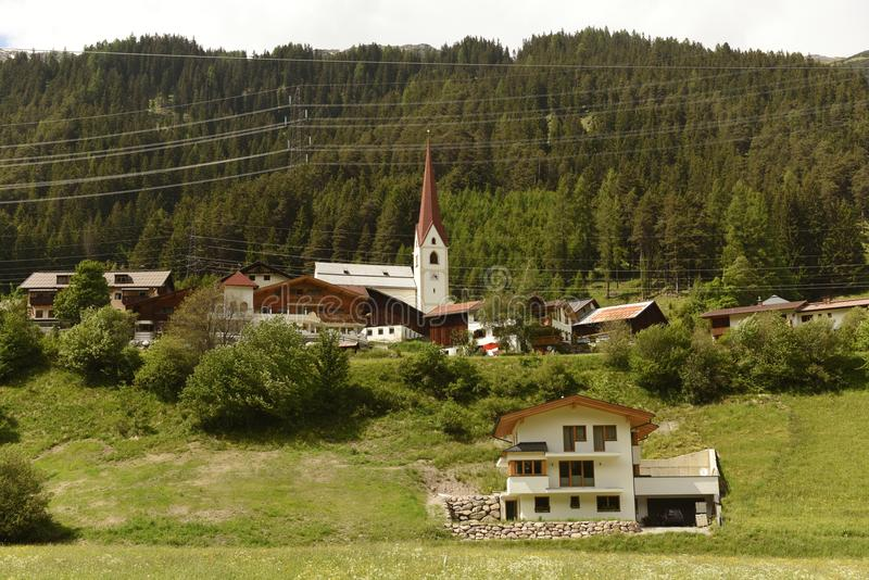 Sankt Anton f.m. Arlberg, Österrike royaltyfria bilder