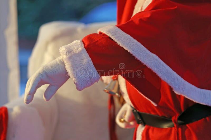 Sankt ausgestreckte Hand, die alle Kinder begrüßt lizenzfreies stockfoto