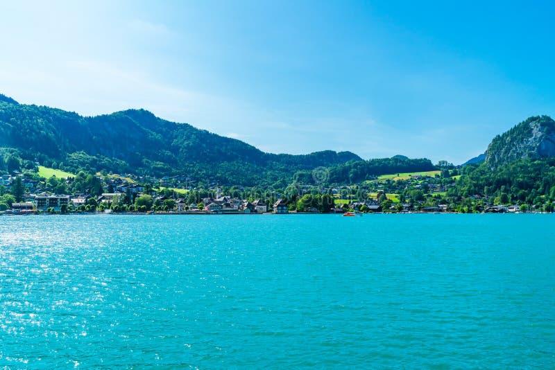 Sankt Gilgen на озере Wolfgangsee, Австрии стоковые изображения rf