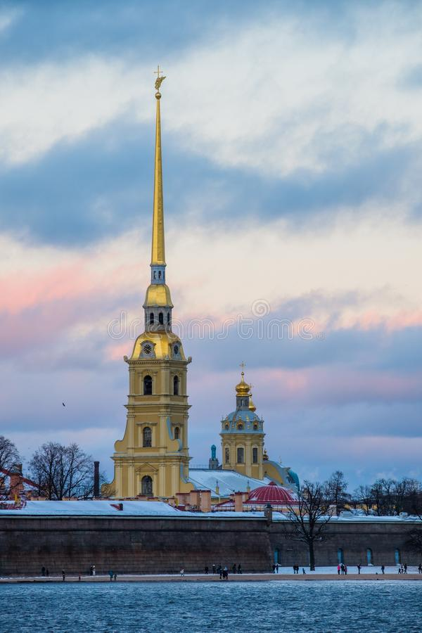Sankt-Peterburg zimy krajobraz obrazy stock