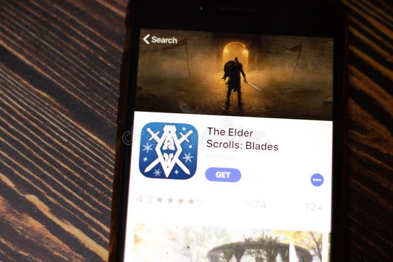 Sankt Petersburg, Rosja - 25 grudnia 2019 r.: Ikona Elder Scrolls Blades na stronie App Store pozwala zamknąć górny widok na ekra zdjęcia stock