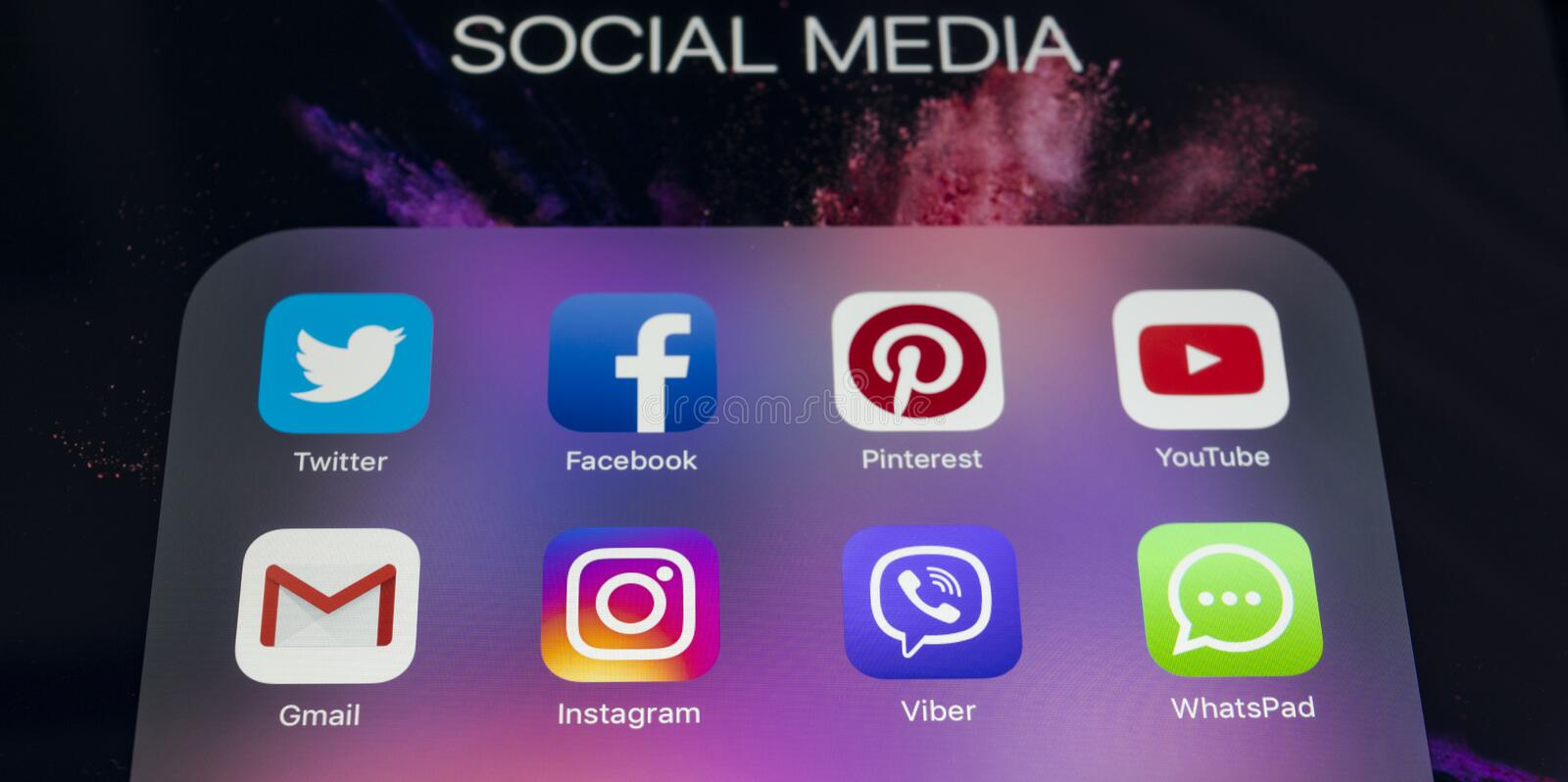 Apple iPad Pro with icons of social media facebook, instagram, twitter, snapchat application on screen. Tablet Starting social. Sankt-Petersburg Russia Novembe21 stock image