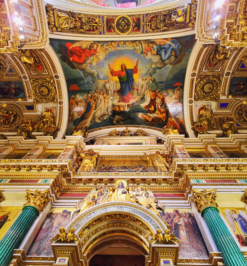 Sanktt Isaacs domkyrka i St Petersburg, Ryssland royaltyfri bild