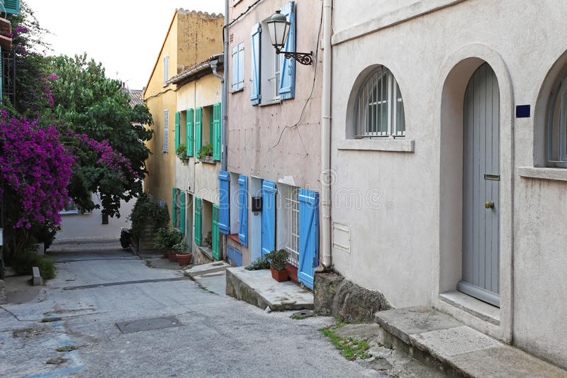 Sanktt Tropez gata royaltyfria foton
