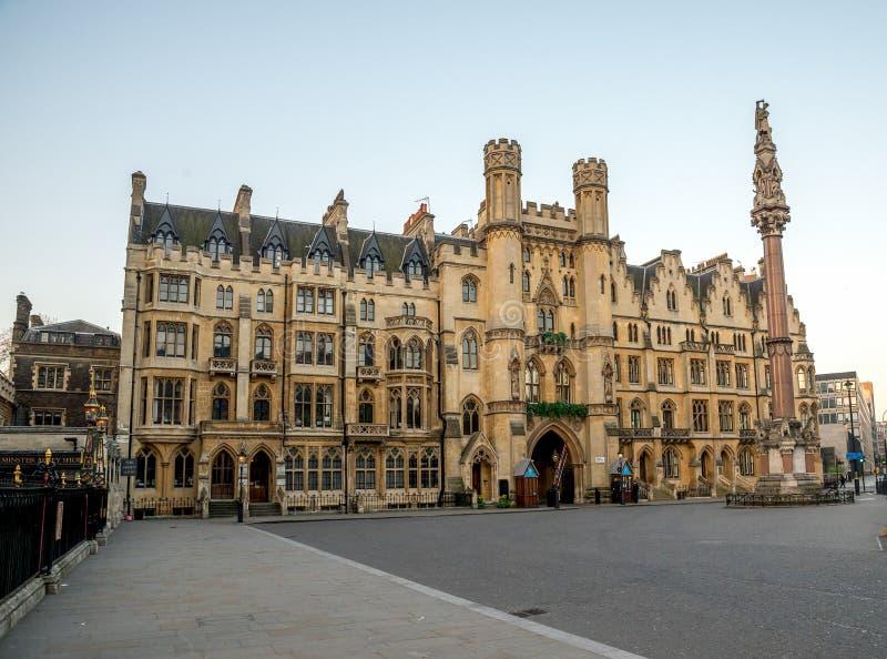 Sanktuarium budynek obok opactwo abbey wejścia w Londyn zdjęcie royalty free