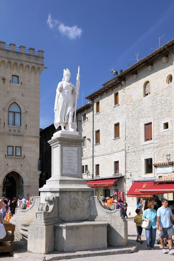 Sanmarinsk central fyrkant, Italien fotografering för bildbyråer