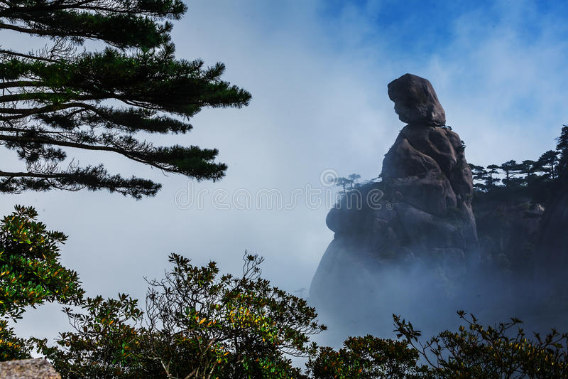 Sanqing berg i Kina royaltyfri bild