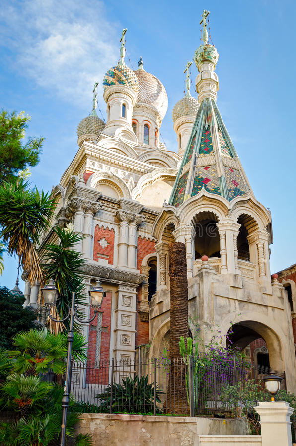 Sanremo (Italien) rysskyrka royaltyfria foton