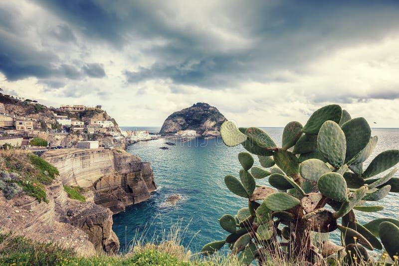 Sant Angelo en île d'ischions en Italie photographie stock