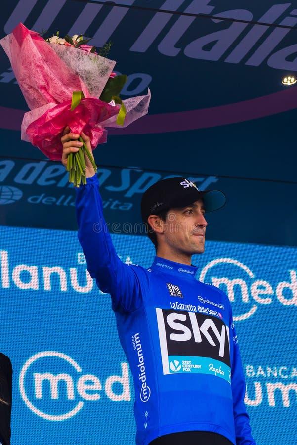 Sant Anna, Italië 28 Mei, 2016; Mikel Nieve, hemelteam, in blauw Jersey op het podium na het winnen van de classificatie van best stock afbeeldingen