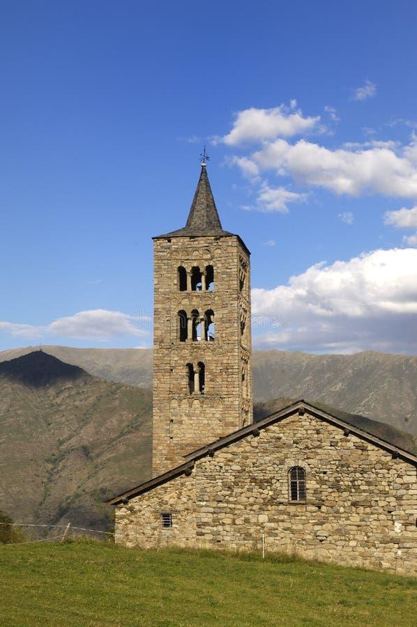 Sant apenas y Sant Pastor Church, románico del siglo de XI-XII, Son de Pi, Pallars Sobira, Lérida, Cataluña, España imagenes de archivo
