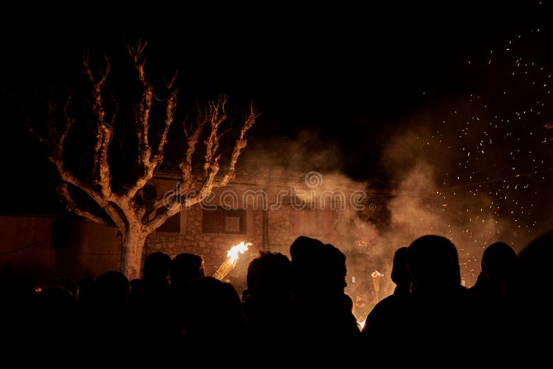 Sant Julià de Cerdanyola, España - 24 de diciembre de 2018: horizonte del faia de la FIA en Julia sant de cerdanyola fotografía de archivo