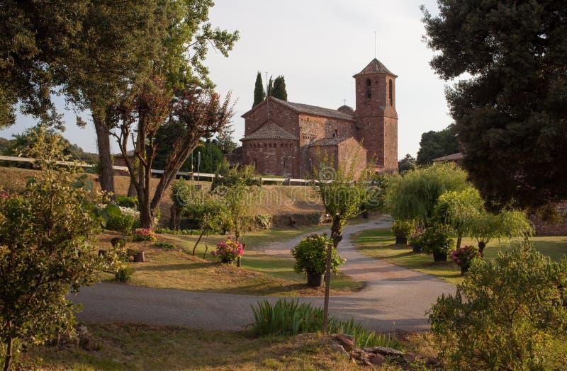 Sant Marti del Brull romańszczyzny kościół ogródy zdjęcie royalty free