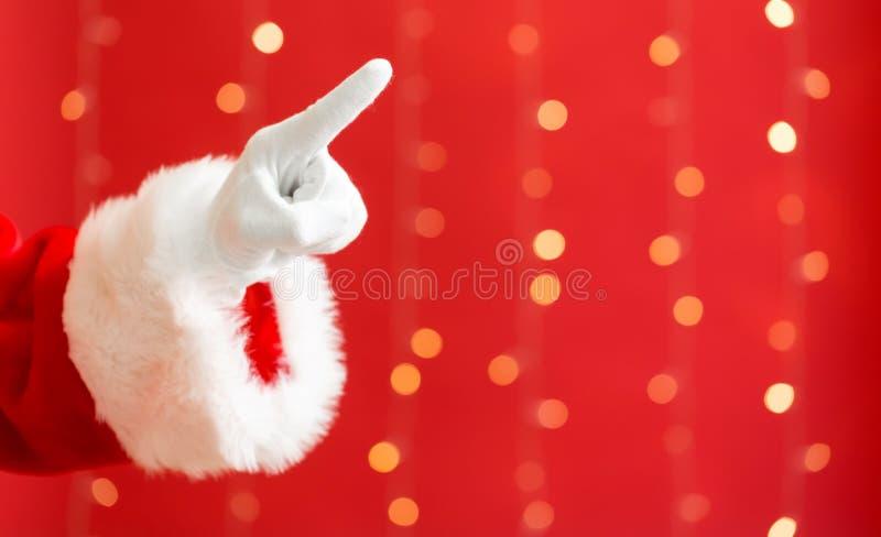 Santa με την υπόδειξη της χειρονομίας στοκ εικόνα με δικαίωμα ελεύθερης χρήσης