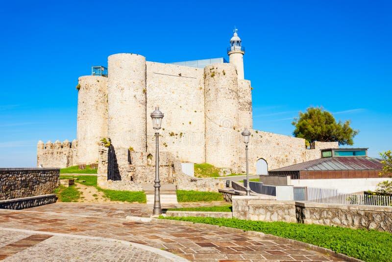 Santa Ana Castle, Castro Urdiales imágenes de archivo libres de regalías