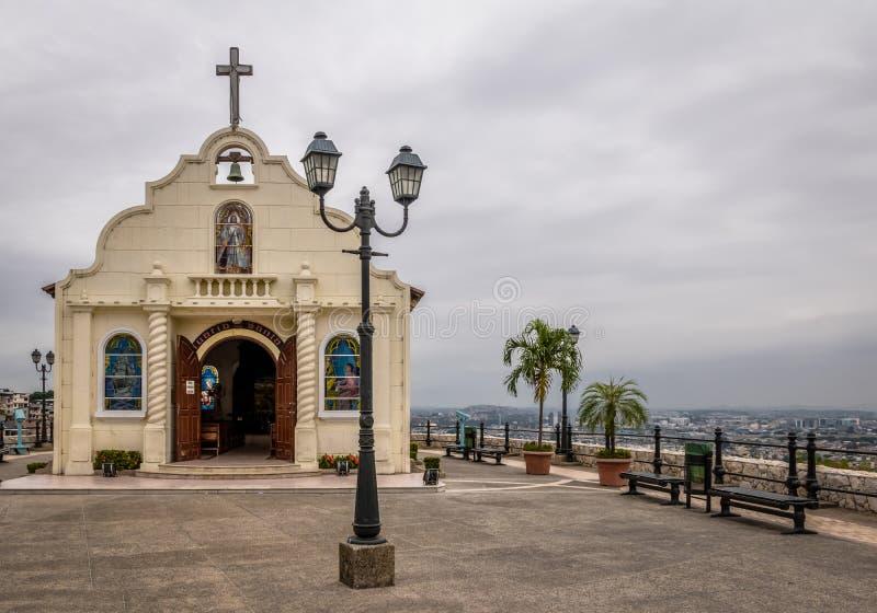 Santa Ana Church encima de la colina de Santa Ana - Guayaquil, Ecuador imágenes de archivo libres de regalías