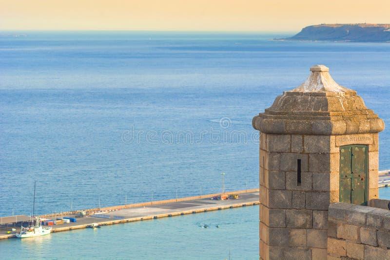Santa Barbara Castle in Alicante fotografia stock libera da diritti
