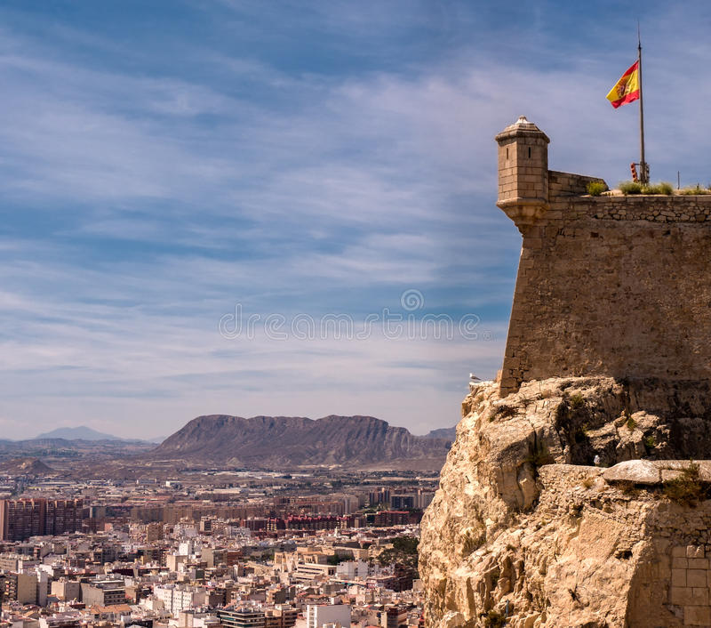 Santa Barbara Castle i Alicante, Spanien royaltyfri foto