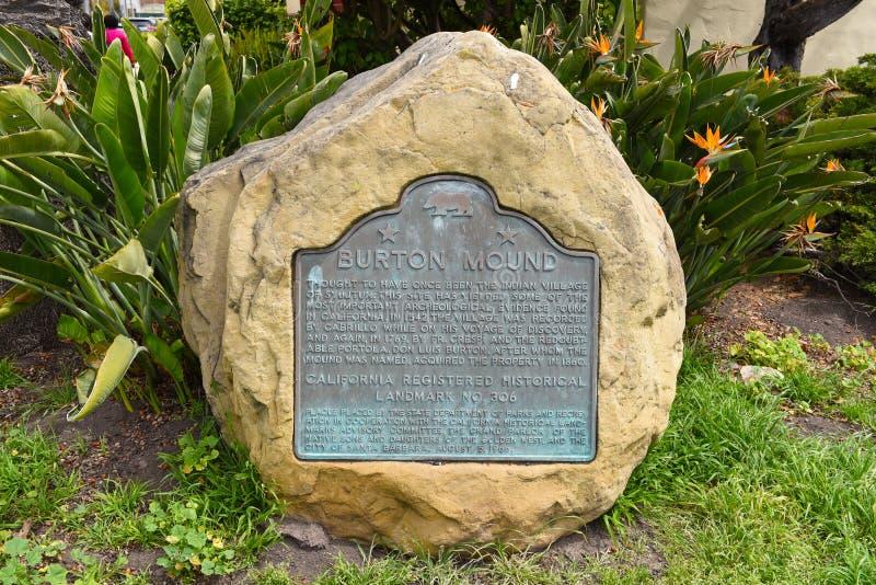 SANTA BARBARA, KALIFORNIA - 11 KWIETNIA 2019 R.: Plac w Burton Mound, historycznie znany jako Syujtun, były Amerykanin obrazy royalty free