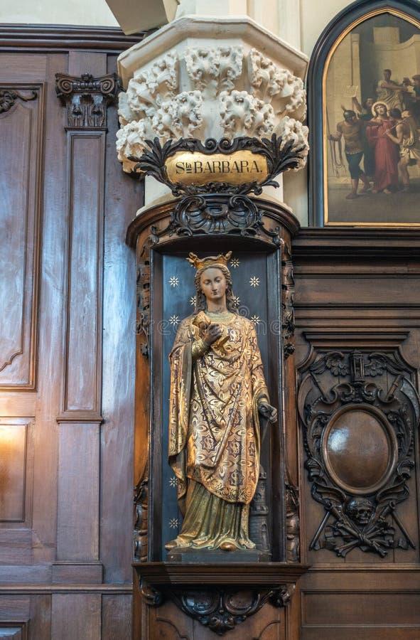Santa Barbara Satue en la iglesia del Saint Nicolas, Bruselas Bélgica fotos de archivo libres de regalías