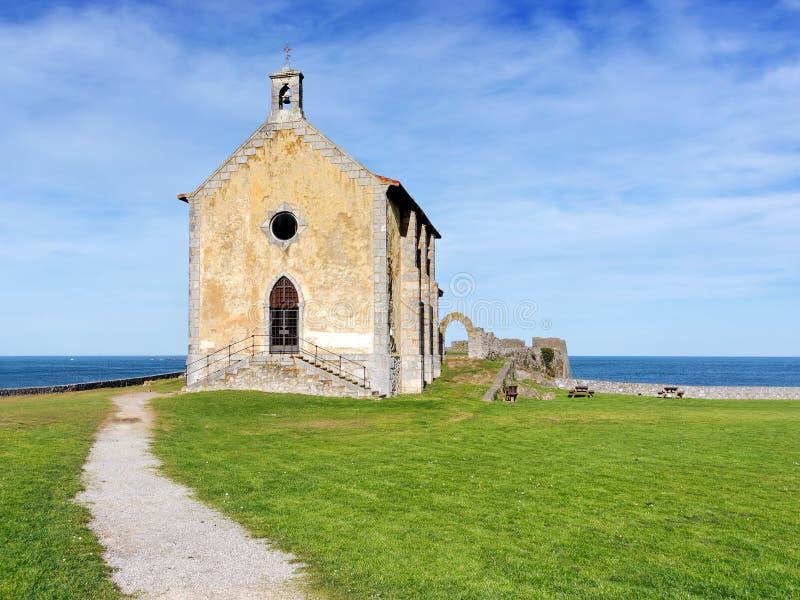 Santa Catalina eremitboning i Mudaka. Baskiskt land royaltyfri fotografi